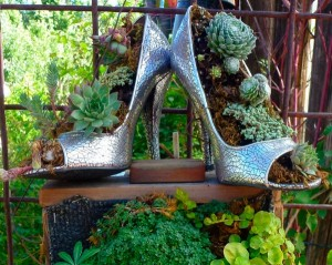 garden-decoration-ideas-old-things-silver-shoes-flower-pots